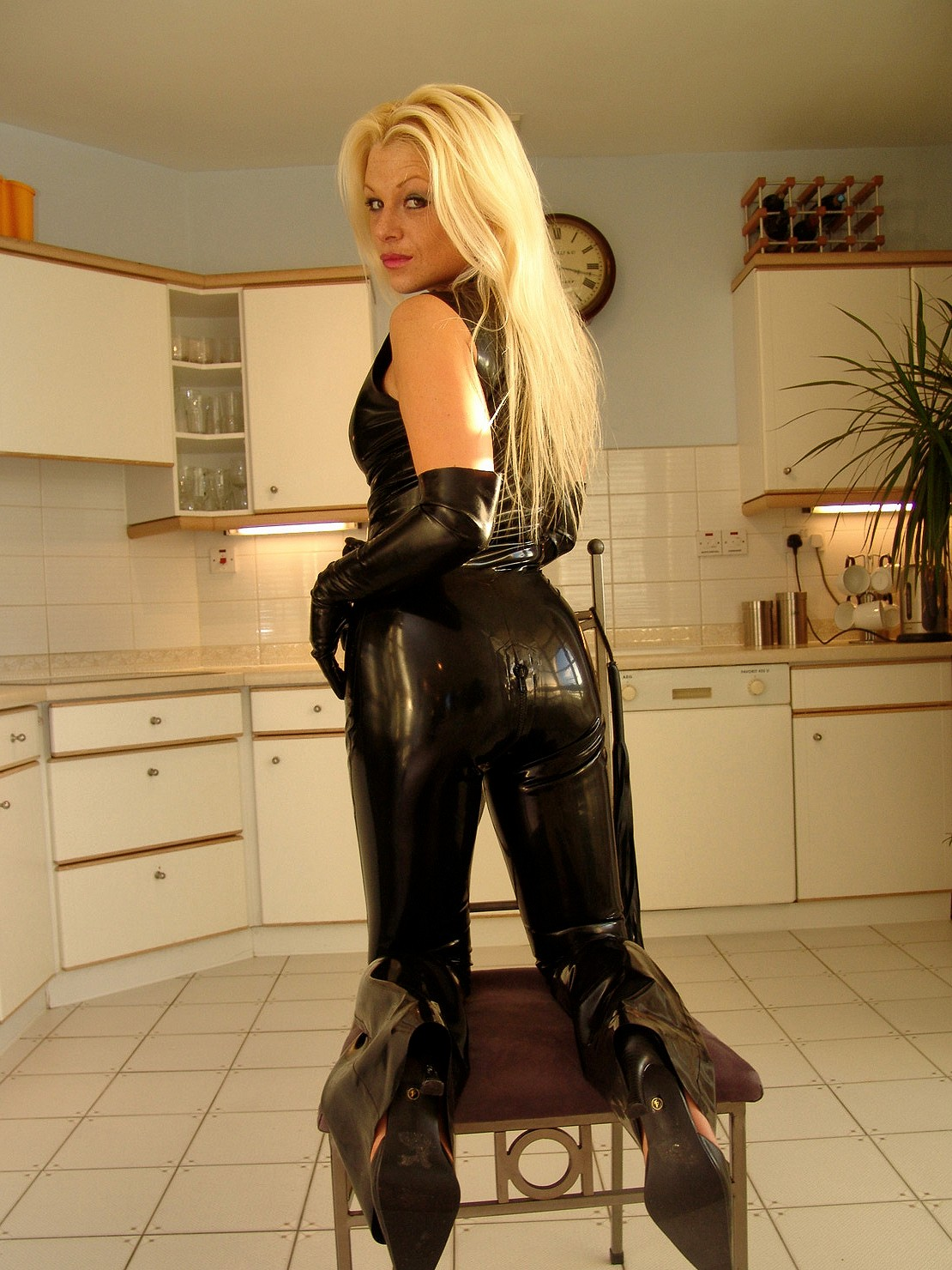 Latex catsuit fisting - Most watched XXX free archive.