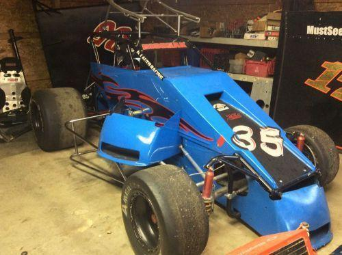 Asphalt midget sprint car